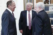 Trump 'Bocorkan Informasi Rahasia' kepada Rusia