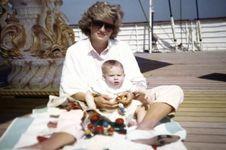 Dipamerkan Foto Putri Diana yang Belum Pernah Dipublikasikan