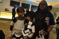 Saykoji Nonton Star Wars: The Last Jedi Bareng 'Stormtrooper'