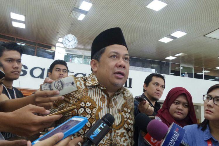 Wakil Ketua DPR RI Fahri Hamzah di Kompleks Parlemen, Senayan, Jakarta, Selasa (7/11/2017).