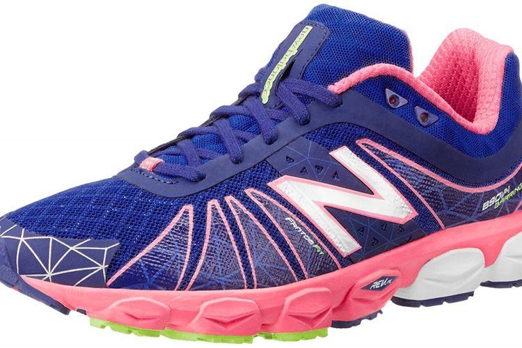 New Balance Womens W890v4 Neutral Light Running Shoe