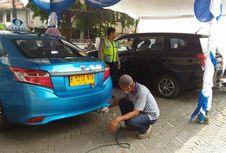 Ribuan Kendaraan Uji Emisi Gratis di Kemayoran