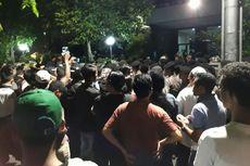 Sejumlah Orang Berunjuk Rasa di LBH Jakarta, Tuding Ada Kegiatan PKI