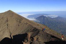 Dua Jalur Pendakian Gunung Agung, Apa Perbedaannya?
