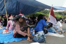 Tenda Protes Petani Kendeng Berdiri di Seberang Istana Kepresidenan