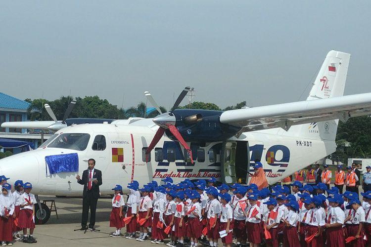 Hasil gambar untuk Bocah SD Muntah di Depan Jokowi Saat Peresmian Pesawat