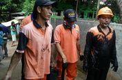 Pasukan Oranye Gali Tanah Bantu Densus 88 Geledah Rumah di Cipayung