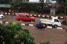 Banjir dan Pohon Tumbang di Jakarta Sore Ini, Cek Lokasinya