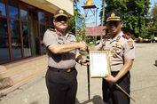 Perbaiki Jalan Rusak, Kapolres Kupang Dapat Penghargaan