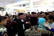 Kedatangan Jokowi Hebohkan Pengunjung Mall di Lombok