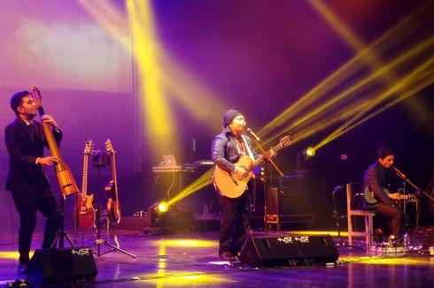 Konser Wangi Payung Teduh di Gedung Kesenian Jakarta