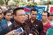 Agung Laksono ke Balai Kota Lihat Karangan Bunga untuk Ahok-Djarot