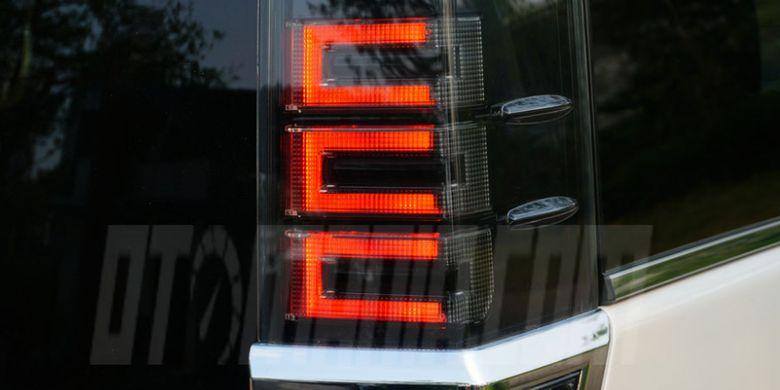 Penampakan eksterior Toyota Voxy, MPV terbaru dari Toyota