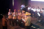 Para Veteran Bernyanyi dan Berjoget Bersama dalam Iringan 'Tirtonadi'