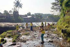 Peduli Lingkungan, Ribuan Warga Bogor Bersihkan Sungai Ciliwung