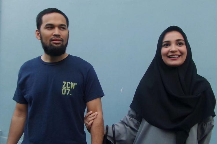 Shireen Sungkar dan Teuku Wisnu ditemui di Studio TransTV, Mampang, Jakarta Selatan, Rabu (16/8/2017).