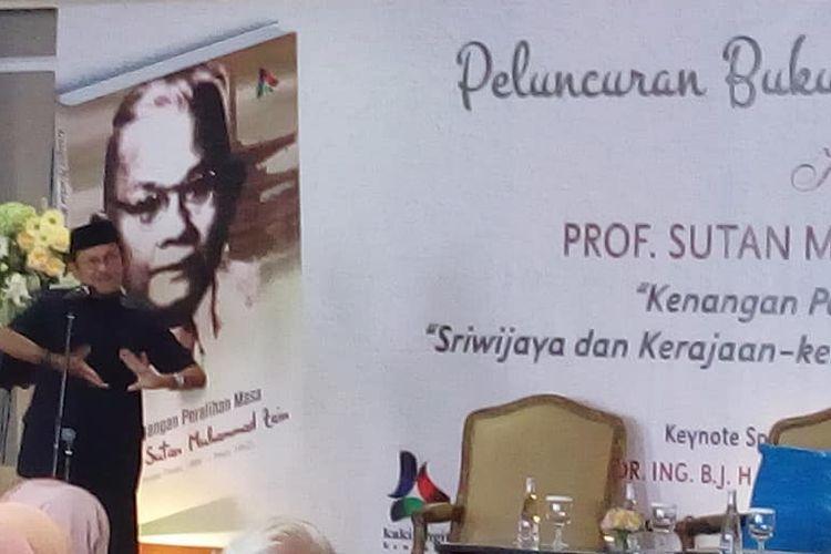 Prof. DR Ing BJ Habibie jadi pembicara kunci pada peluncuran buku Kenangan Peralihan Masa Prof. Sutan Muhammad Zain