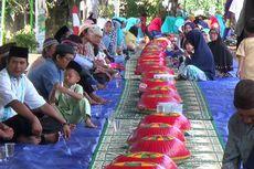 Tradisi Nganggung di Pangkal Pinang Ajarkan Semangat Gotong Royong