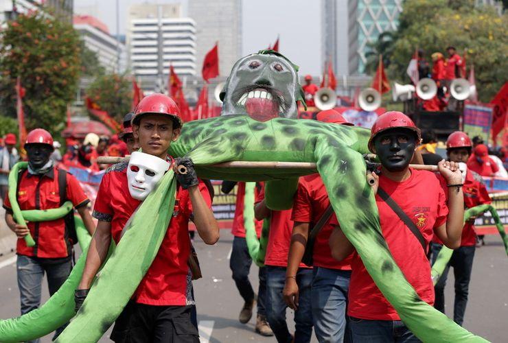 ''May Day'', Ribuan Buruh Turun ke Jalan di Jakarta