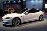 Mobil Listrik Tesla Dibanderol Rp 4,4 M Siapa Mau?