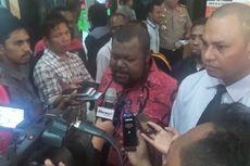Pemuda Adat Papua Desak Gubernur Lukas Minta Maaf