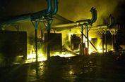 Lima Unit Mesin Listrik PLN Sanana Kepulauan Sula Terbakar