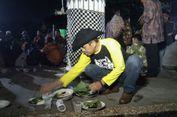 Tahun Baru Terakhir sebagai Bupati, Dedi Mulyadi Layani Petugas Kebersihan