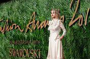 Penampilan Memukau Para Super Model di Fashion Award 2017