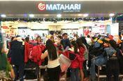 Pengunjung Matahari Department Store Taman Anggrek Membludak