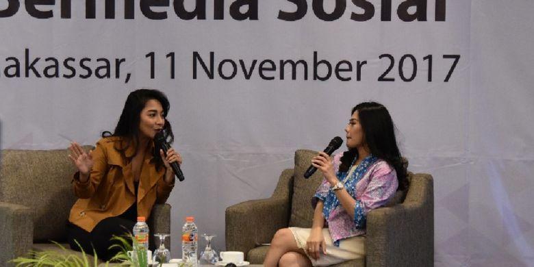 Dinda Kirana tamu dalam seminar ?Sosialisasi Literasi Cerdas Bermedia Sosial?, di Makassar, Sabtu (11/11/2017).