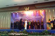 Perempuan Pemberani, Menteri Susi Raih Gelar 'Wadonna Pinunjul'