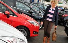Kondisi Mobil Lelang KPK Banyak yang Rusak