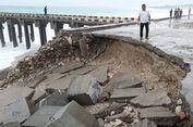 Diterjang Ombak Setinggi 6 Meter, Penahan Dermaga Kolbano Ambrol