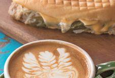 Nikmati Latte Art Tingkat Dunia di Kyoto, Jepang!