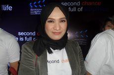 Aktris Anna Tarigan Pandangi Sandal Dekil Tiap Hari