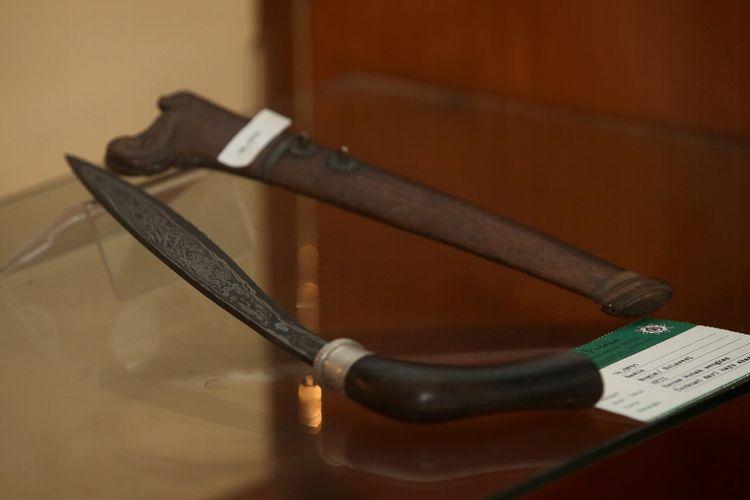 Badik Sulawesi koleksi Museum Pusaka TMII