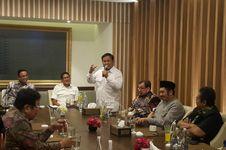 Sandiaga Berencana Umrah Bareng Prabowo dan Anies Usai Pilkada DKI