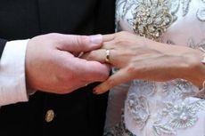 Perkawinan Jadi Alasan Orang Indonesia Pinjam Uang ke Bank