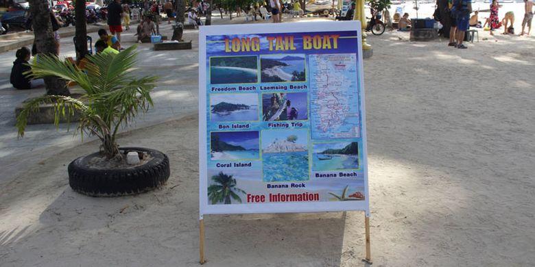 Pantai Patong di Phuket, Thailand, Sabtu (5/12/2015), merupakan destinasi wisata yang selalu diramaikan turis asing untuk berwisata bahari, menikmati sunset, olahraga parasailing, jetski atau berjalan-jalan sepanjang pantai berpasir putih serta menikmati kehidupan malam.