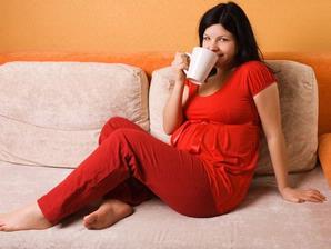 Saat Haid Tidak Boleh Minum Es Benar Tidak Sih? Kenali Pantangan Sebenarnya!