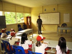 Kasihan! Guru SD di Pedalaman Riau Ini Sudah 1 Tahun Tidak Menerima Gaji