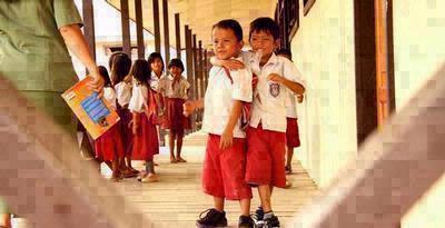 Perubahan kurikulum SD akan diperlakukan pertengahan 2013