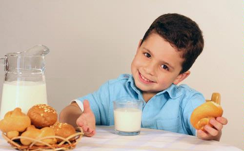 5 Nutrisi penting bagi anak