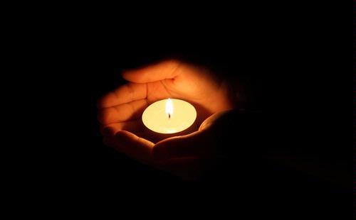 Nyala Lilin Ternyata Mengandung Berlian