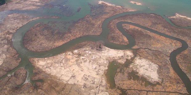 http://assets.kompas.com/data/photo/2011/04/19/2237504620X310.JPG