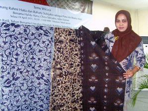 Batik Gedog Tuban, Tradisional namun Elegan ~ Wisata Tuban