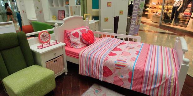 pink untuk kamar anak perempuan biru untuk kamar anak