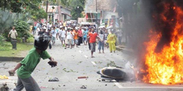 Le 11 septembre 2011, chrétiens et musulmans se sont violemment affrontés à Ambon, causant la mort de 7 personnes (Kompas/K29-11)