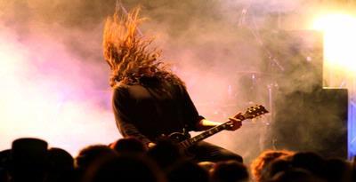 Musik metal pengaruhi mental remaja
