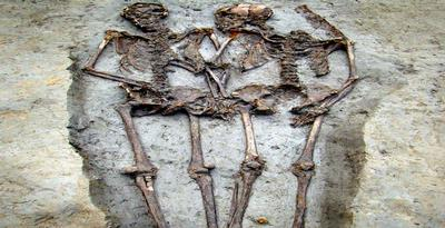 kerangka, fosil sepasang kekasih 1500 tahun